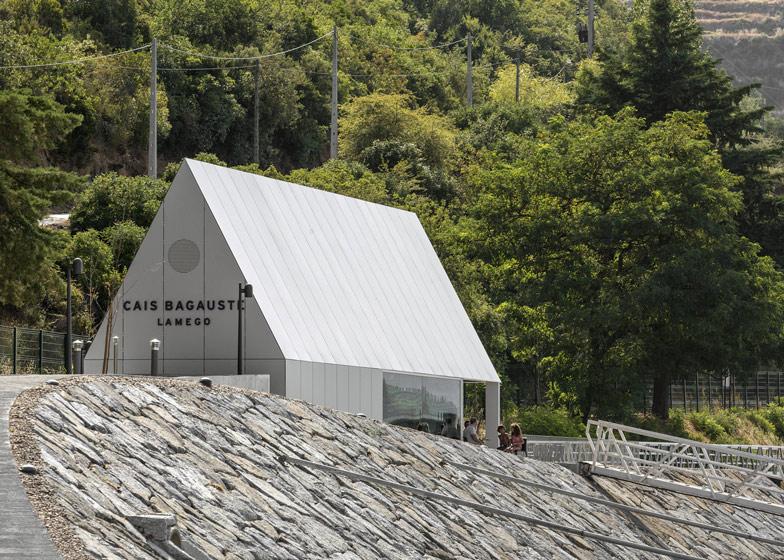 Cais Bagaúste by Belém Lima Arquitectos