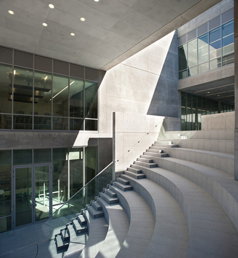 Centro roberto garza sada de arte arquitectura y dise o by for Arte arquitectura y diseno definicion