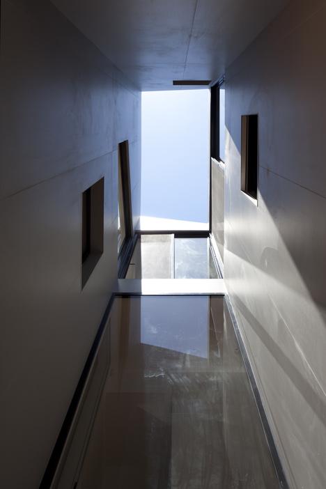 EJ House by Paritzki & Liani Architects
