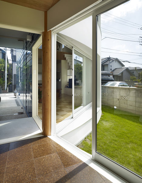 House Snapped by Naf Architect & Design