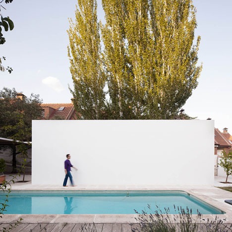 Little White Box at Turégano House by Alberto Campo Baeza
