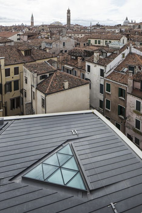 The teatrino of palazzo grassi by tadao ando for Tadao ando venezia