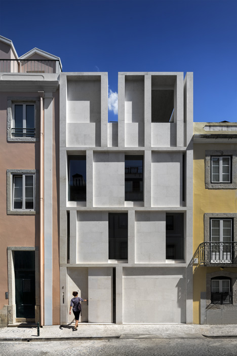 Townhouse in Lisbon by ARX Portugal