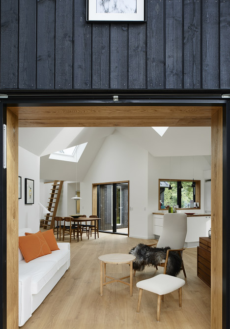 Village House by Powerhouse Company