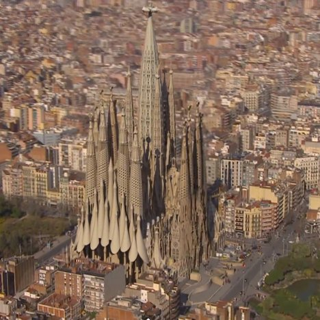 2026 completion of Gaudi's Sagrada Familia
