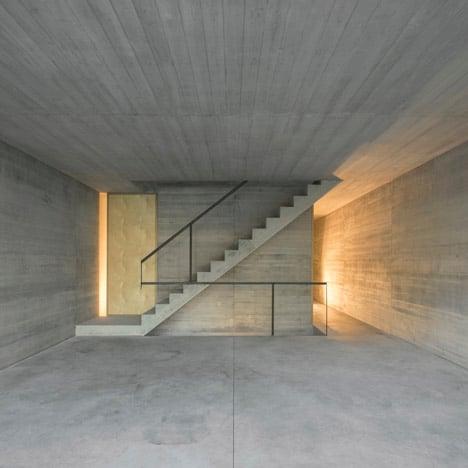dezeen_lisbon-townhouse_005