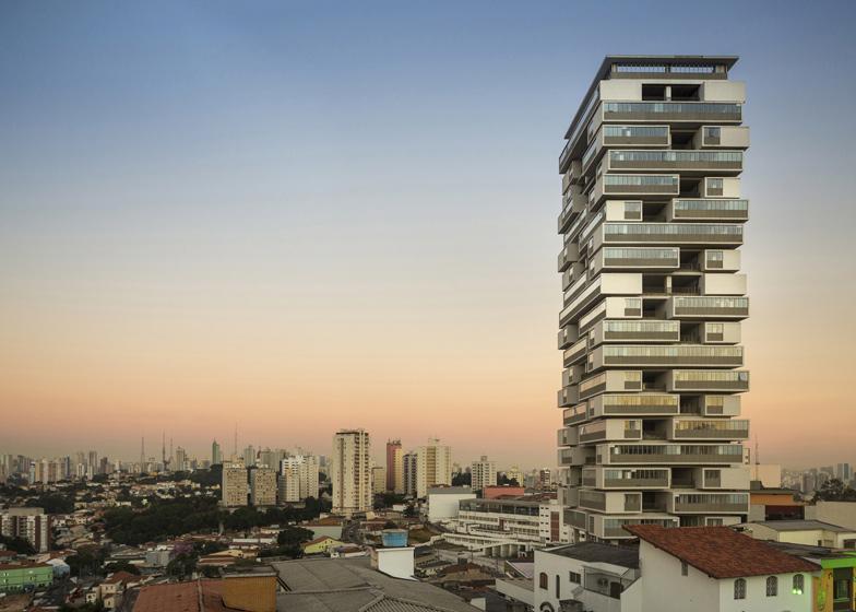 360º Building, São Paulo by Isay Weinfeld