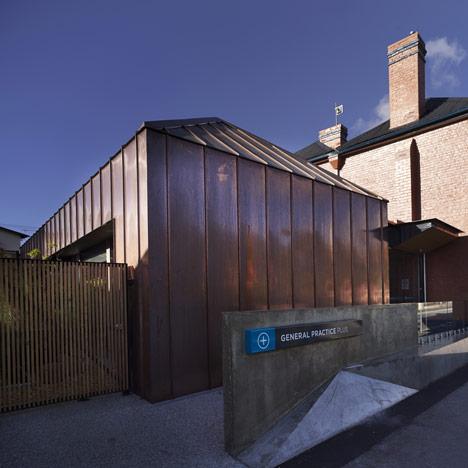 Mountain Retreat Medical Clinic by Circa Morris-Nunn