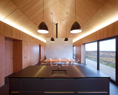 Borreraig House on a Scottish island by Dualchas Architects