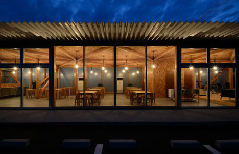 Cafeteria in Ushimado by Niji Architects_dezeen_23