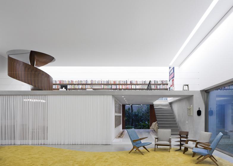 Casa Cubo, São Paulo by Isay Weinfeld