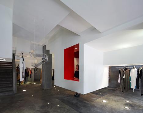 D2C concept store by 3Gatti Architecture Studio