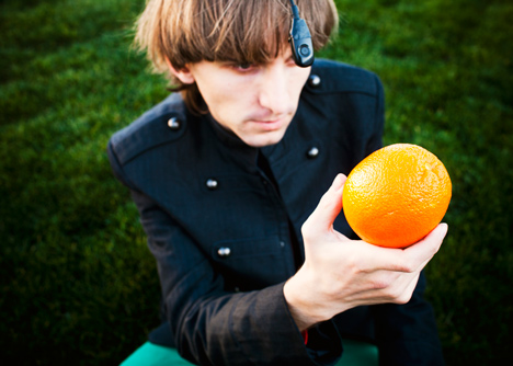 Dezeen_Neil_Harbisson_Cyborg_artist_Technology_4