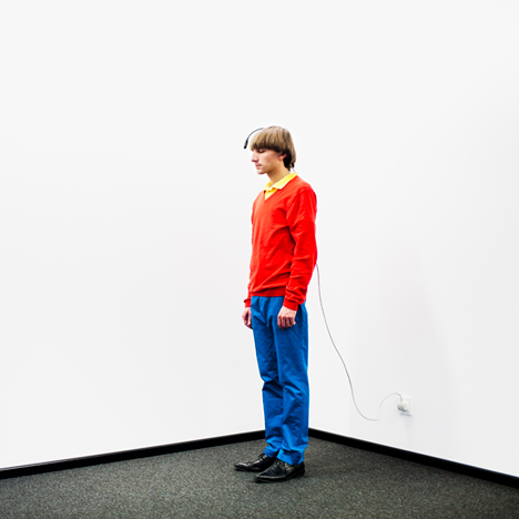 Dezeen_Neil_Harbisson_Cyborg_artist_Technology_5