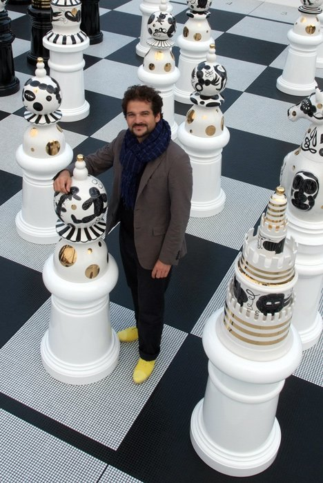 Interview With :    Spanish Designer Jaime Hayon at the Groninger Museum