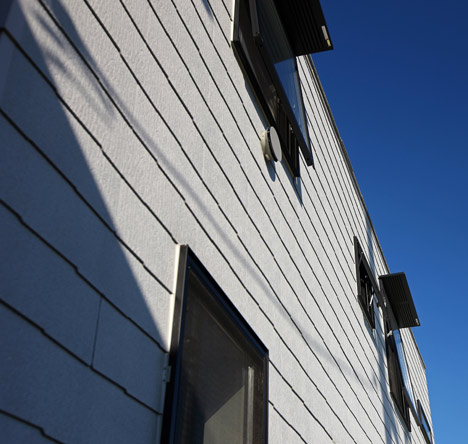 House in Oiso by atelier HAKO architects_dezeen_15