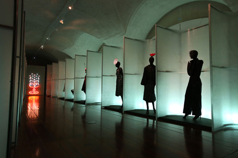 Isabella Blow Fashion Galore exhibition at Somerset House_dezeen_13