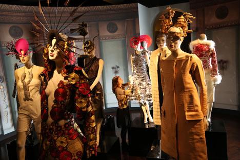 Isabella Blow Fashion Galore exhibition at Somerset House_dezeen_17