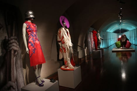 Isabella Blow Fashion Galore exhibition at Somerset House_dezeen_41