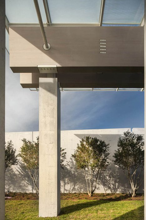 Kimbell Art Museum by Renzo Piano