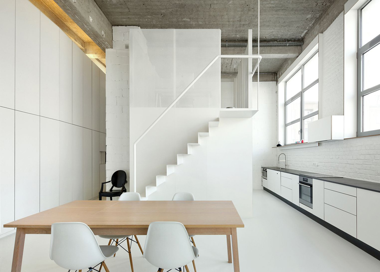 Loft apartment in Brussels by adn architectures