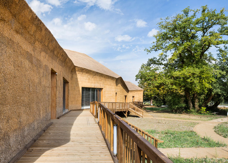 Museum and Biodiversity Research Centre by Guinée*Potin Architectes