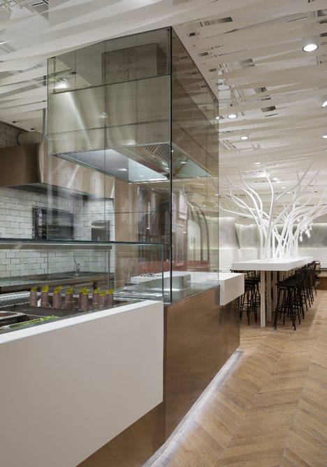 Not Guilty restaurant by Ippolito Fleitz Group_dezeen_21