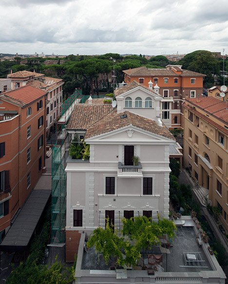 Renovated apartment in Rome by Scape