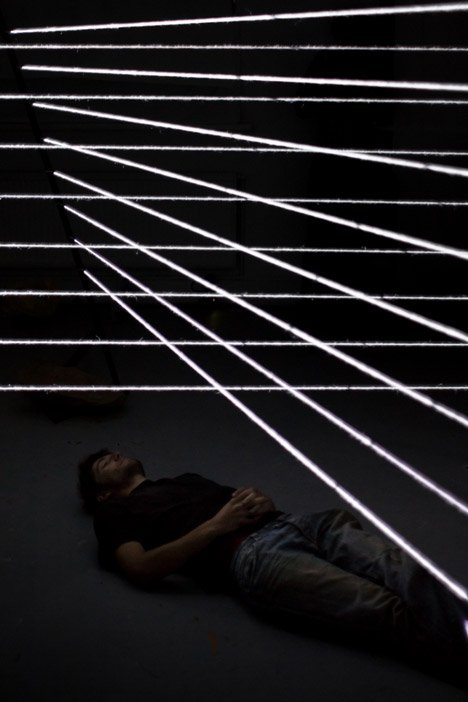 Sounds of Threads music visualisation by Bertrand Lanthiez created on strands of wool