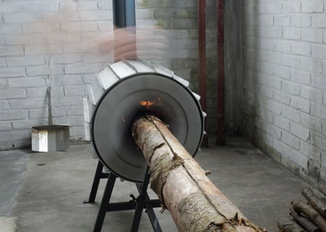 Spruce Stove that burns a whole tree trunk by Michiel Martens and Roel de Boer