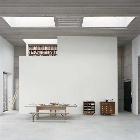 Offices and a studio in a renovated military uniform factory by Sauerbruch Hutton