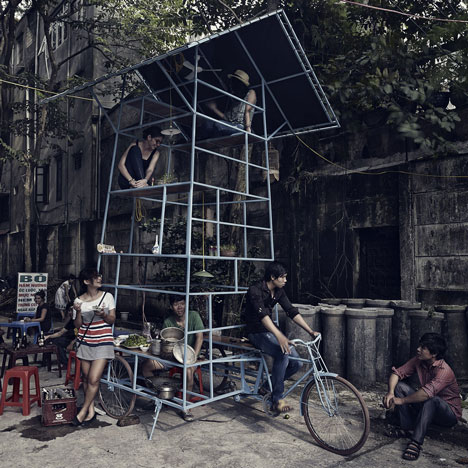 Ta đi Ôtô mini-skyscraper on a tricycle by Bureau A