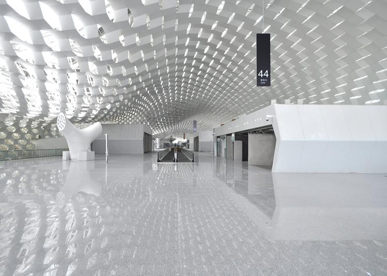 Terminal 3 at Shenzhen Bao'an International Airport by Studio Fuksas