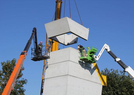 Adventure tower in concrete at Beldert Beach by Ateliereen Architecten_dezeen_1