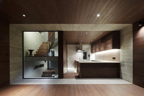 Balcony House by Ryo Matsui Architects_dezeen_5