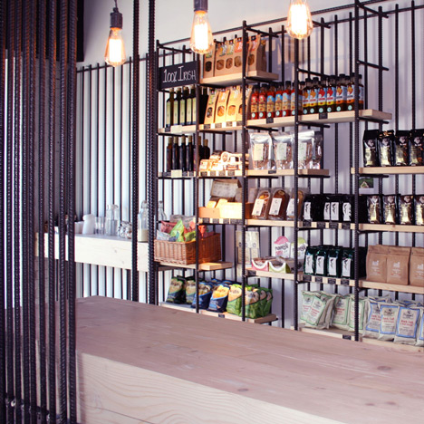 Reinforcing steel creates shelves and partitions in Dublin coffee shop