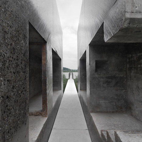 Bunker 599 by RAAAF_dezeen_5sq