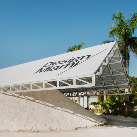 Roof over a pile of sand forms entrance to Design Miami 2013