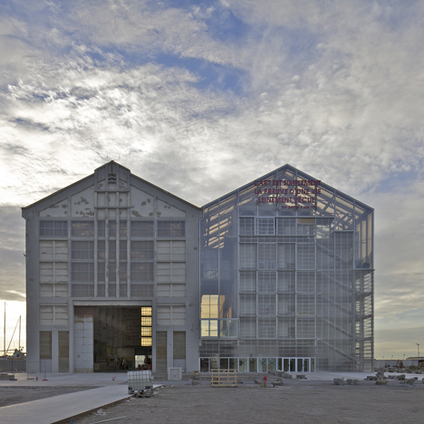 Art gallery and archive by Lacaton & Vassal mirrors an old shipbuilding workshop
