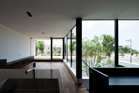 Fleuve by Apollo Architects & Associates_dezeen_10