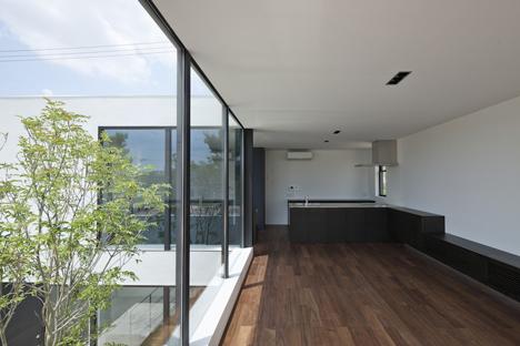 Fleuve by Apollo Architects & Associates_dezeen_11