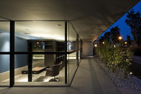 Fleuve by Apollo Architects & Associates_dezeen_6