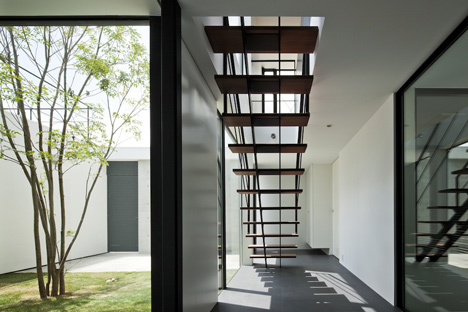 Fleuve by Apollo Architects & Associates_dezeen_8