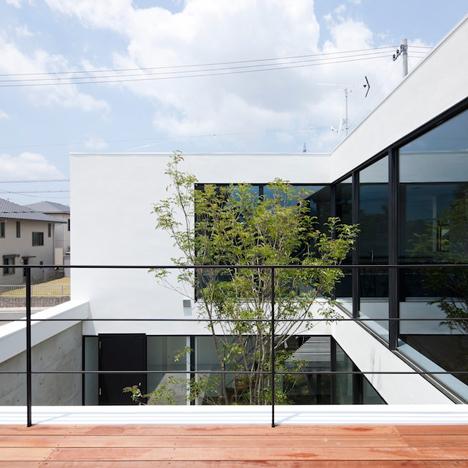 Fleuve by Apollo Architects & Associates