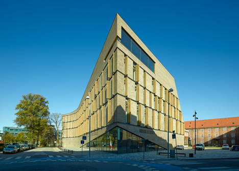 Frederiksberg Courthouse by 3XN