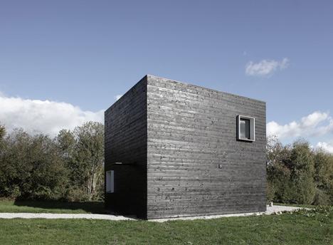 House in Normandy by Beckmann-N'Thépé Architectes