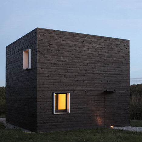 House in Normandy by Agence Beckmann-NThepe_dezeen_3