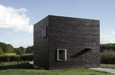 House in Normandy by Beckmann-N'Thépé Architectes