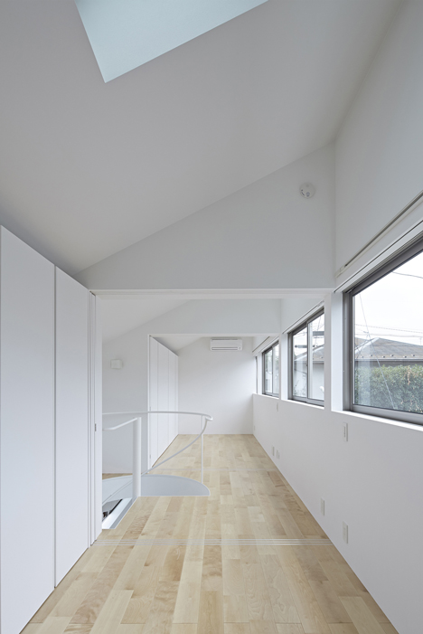 Long Window House by anotherAPARTMENT LTD_dezeen_5