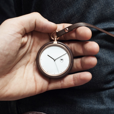 MMT Calendar wooden pocket watch